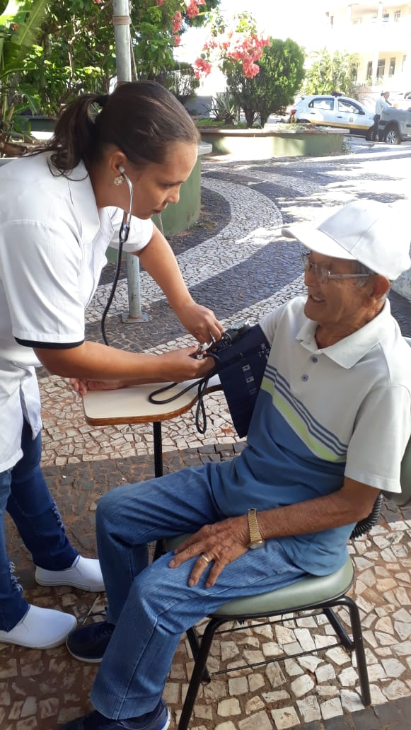 ALUNOS DO CURSO TÉCNICO EM ENFERMAGEM, EM PARCERIA COM A ARTAP – Associação dos Renais Crônicos e Transplantados da Alta Paulista -  PARTICIPARAM DA AÇÃO DO DIA MUNDIAL DO RIM